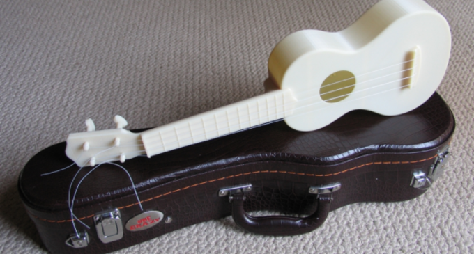 Article_3d-printed-ukulele-4